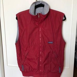 Patagonia red nylon vest - women's L